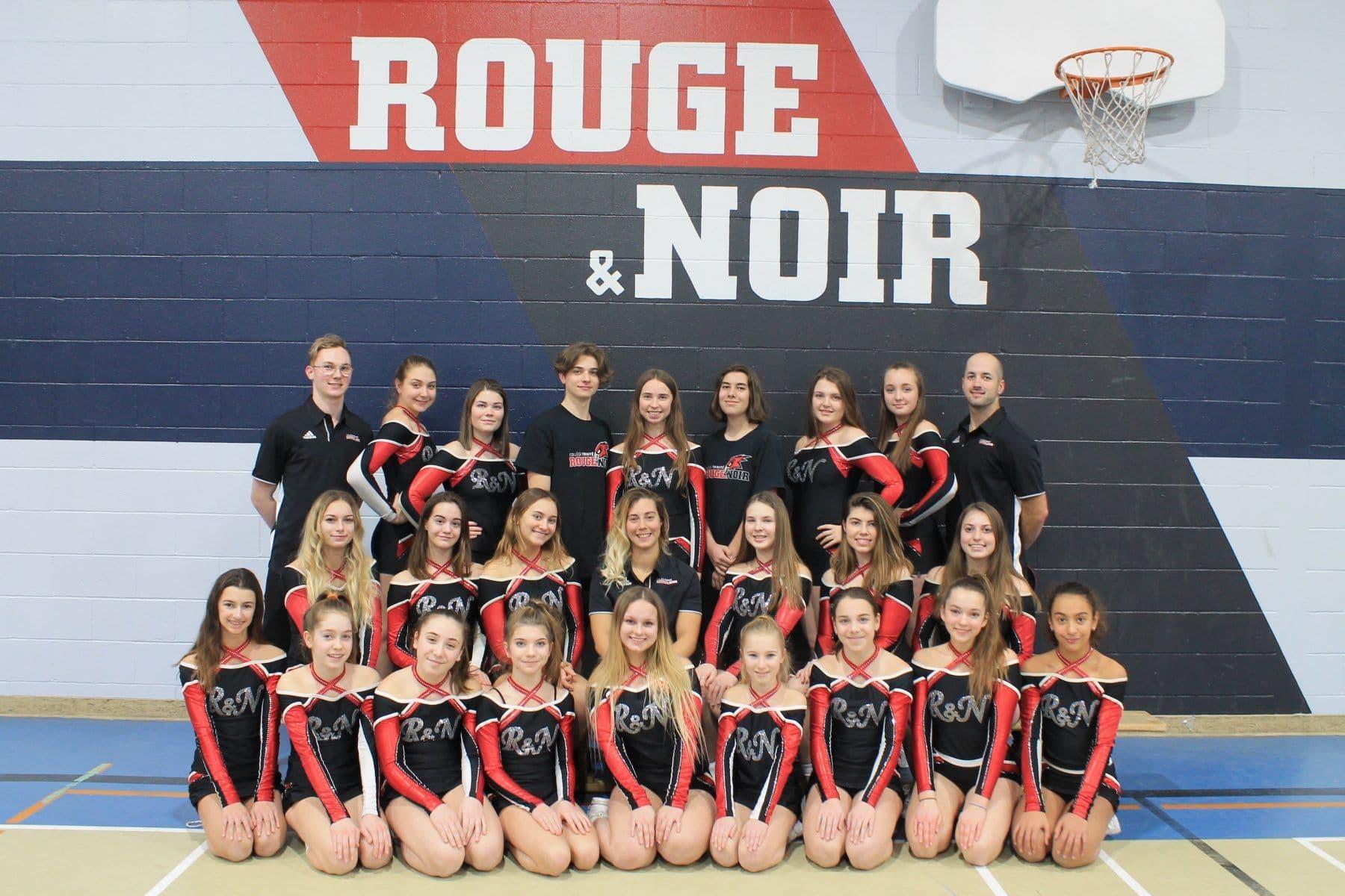 Collège-Trinité-Saint-Bruno-de-Montarville-Équipe-Cheerleader