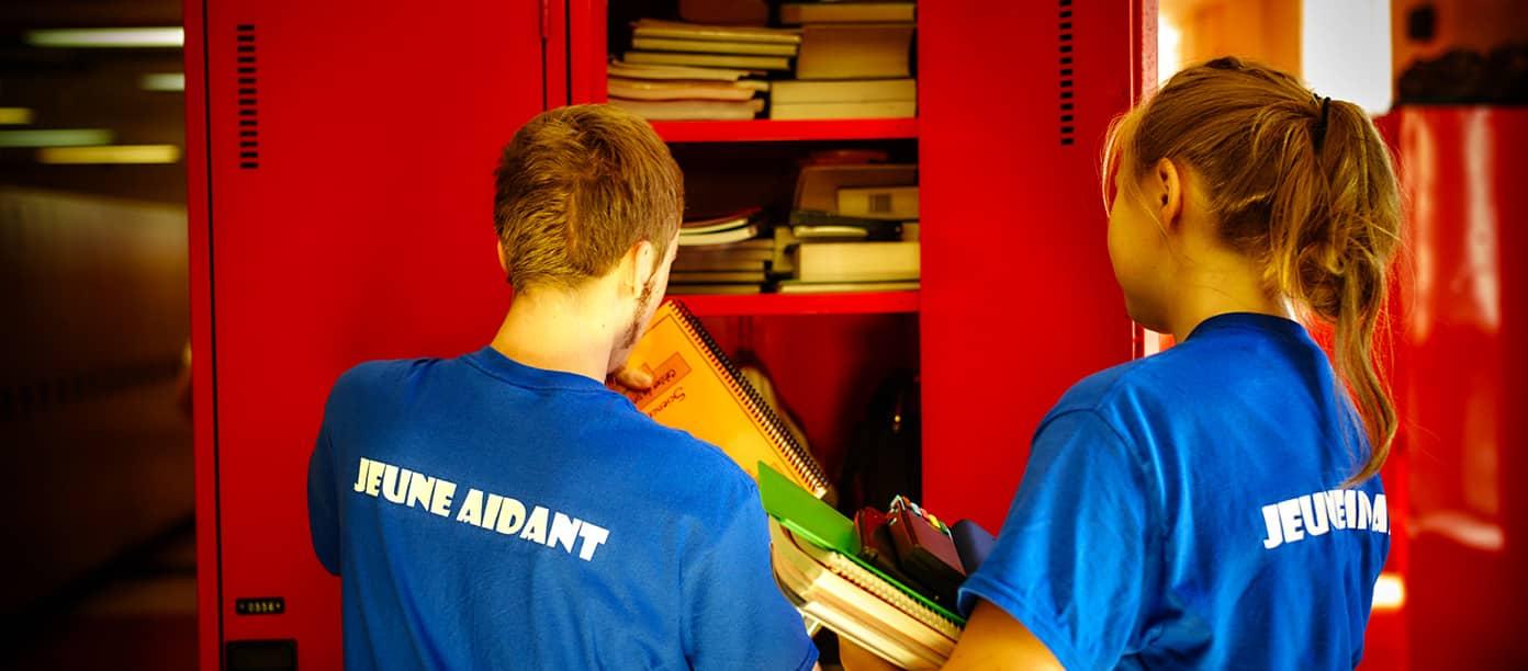 Deux étudiants du Collège Trinité participants au programme Jeune Aidant.